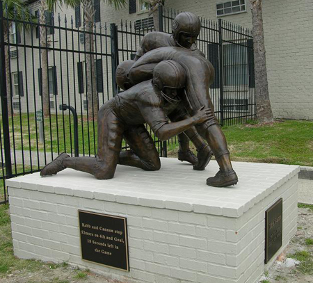 Billy Cannon LSU Football Play bronze statue monument