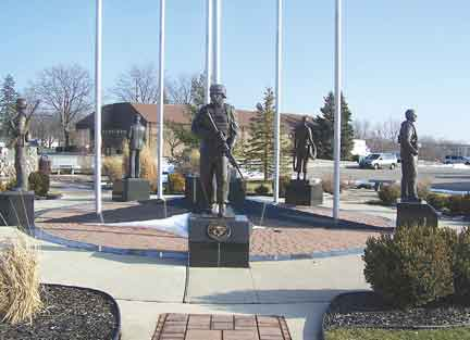 Swartz Creek Military Memorial statues